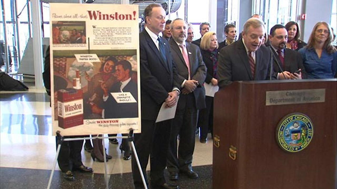 Durbin marks anniversary of ban on smoking in US commercial airplanes