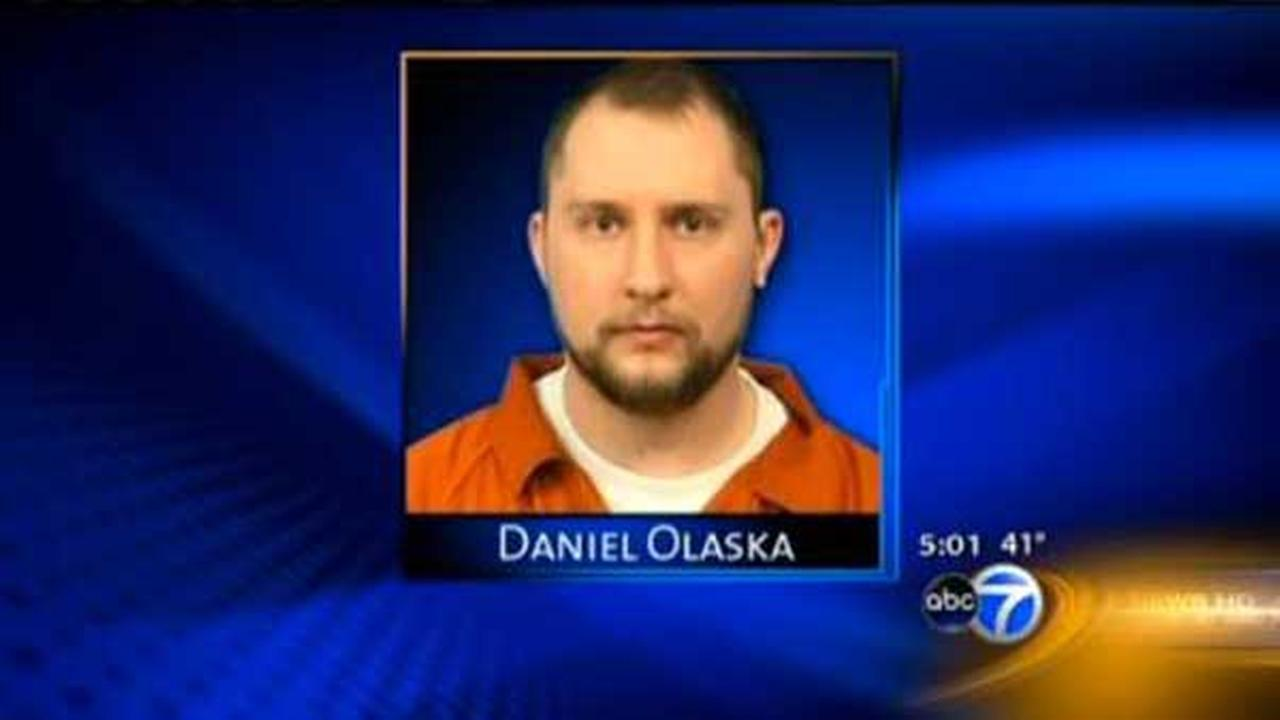Trial begins for Naperville man accused of killing teacher, 24
