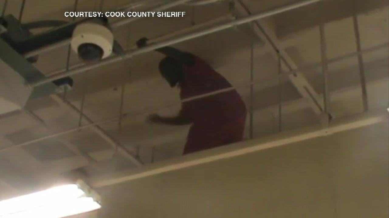 A mentally ill inmate somehow climbed up on top of an air vent Friday morning at the Cook County Jail.