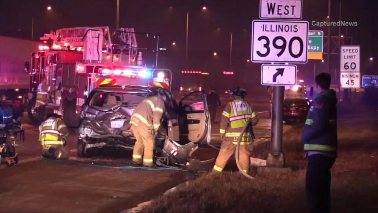 7 hospitalized after minivan rear-ended on I-290 near Elk Grove Village