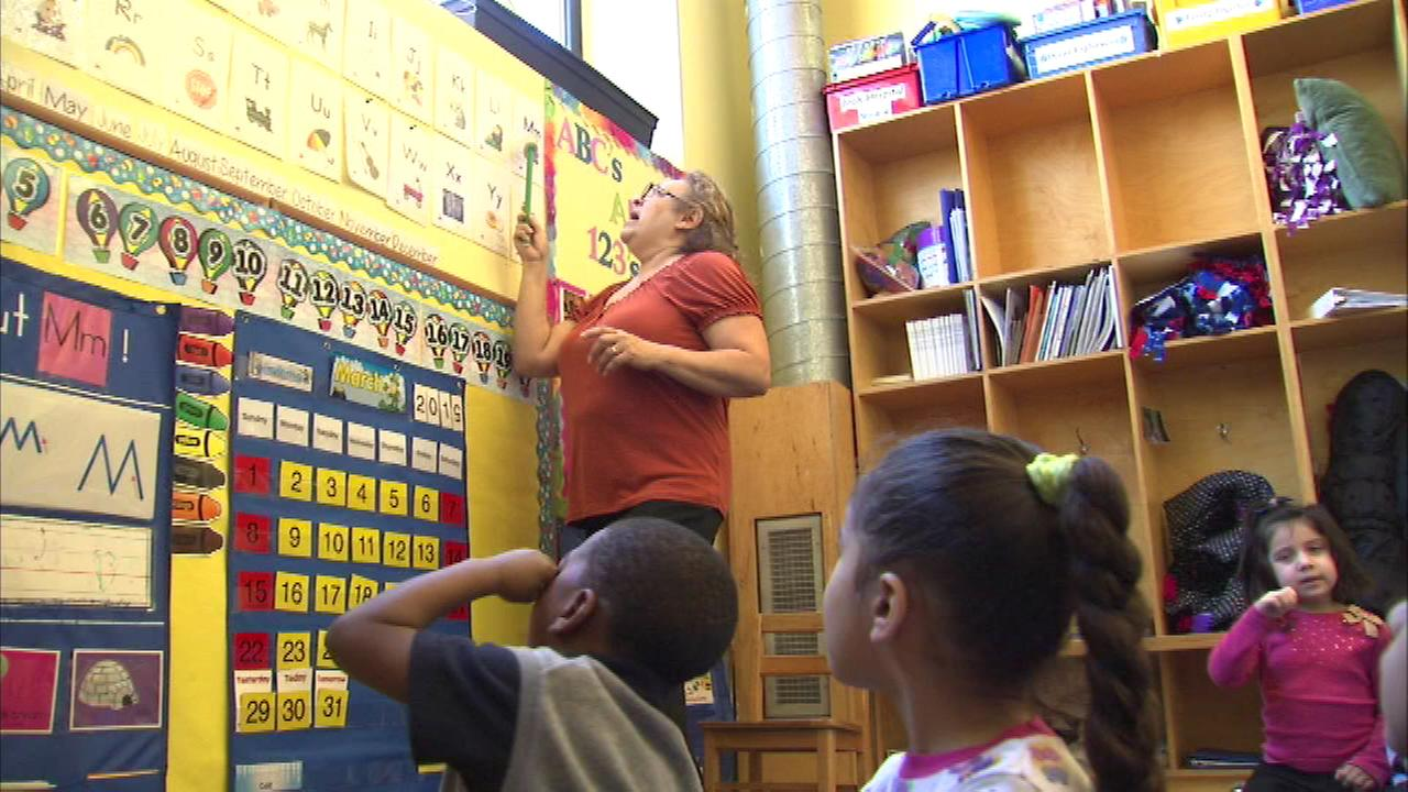 Chicago area parents upset by Rauner child care cuts
