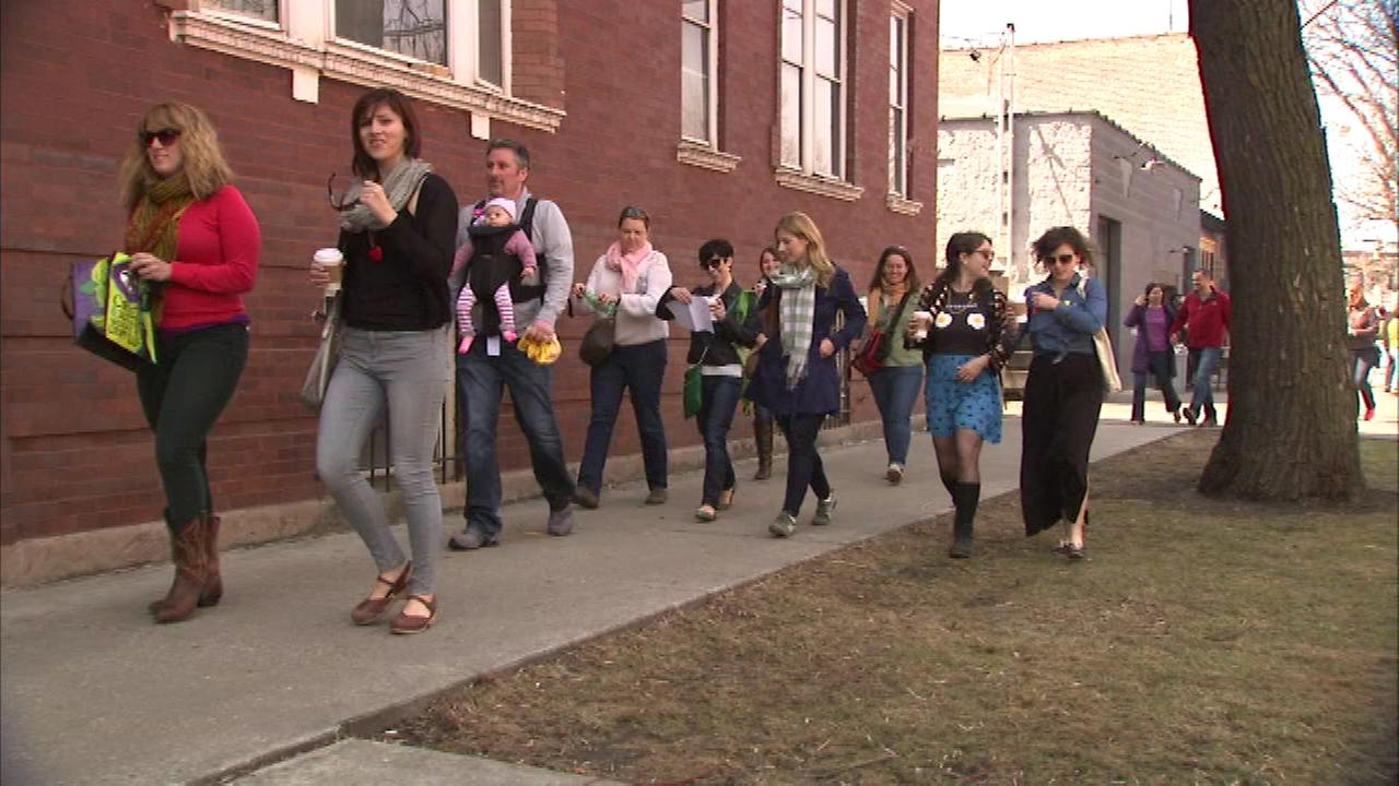 Adults like to get in on the Easter fun too, and many participated in an adult Easter egg hunt Sunday in Chicagos Logan Square neighborhood.