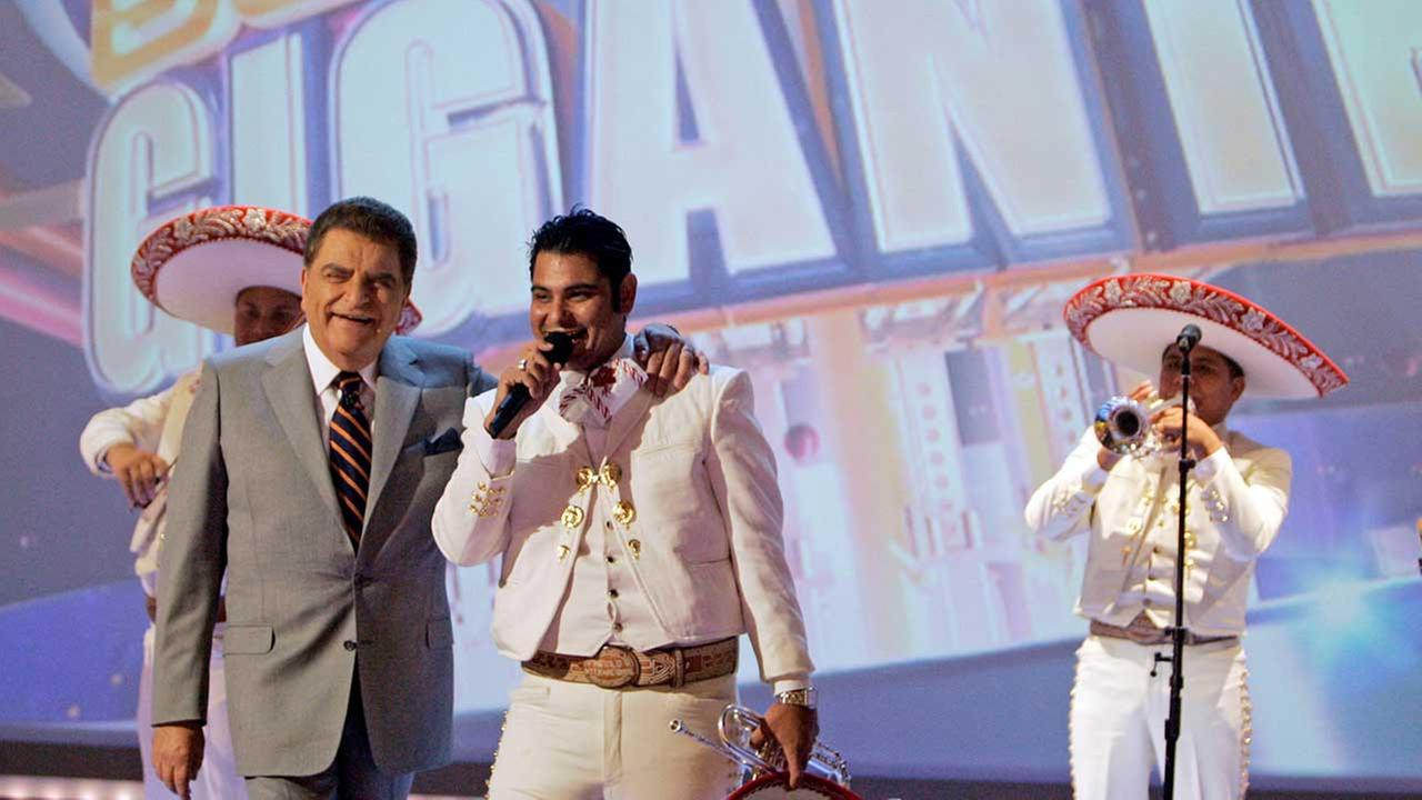(FILE) Mario Kreutzberger, 67, left, better known as Don Francisco is shown with singer Darwin Araujo of the band Mariachi Mexico International on Sabado Gigante.