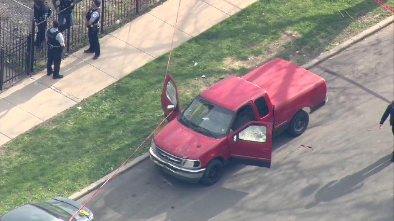 2 dead, 1 injured in West Side shooting