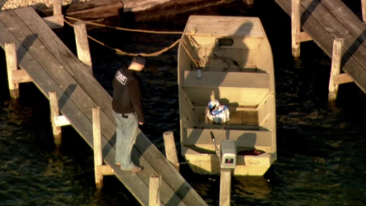 An Oak Lawn man is in critical condition Monday night after he fell into Pistakee Lake in the northern suburbs.