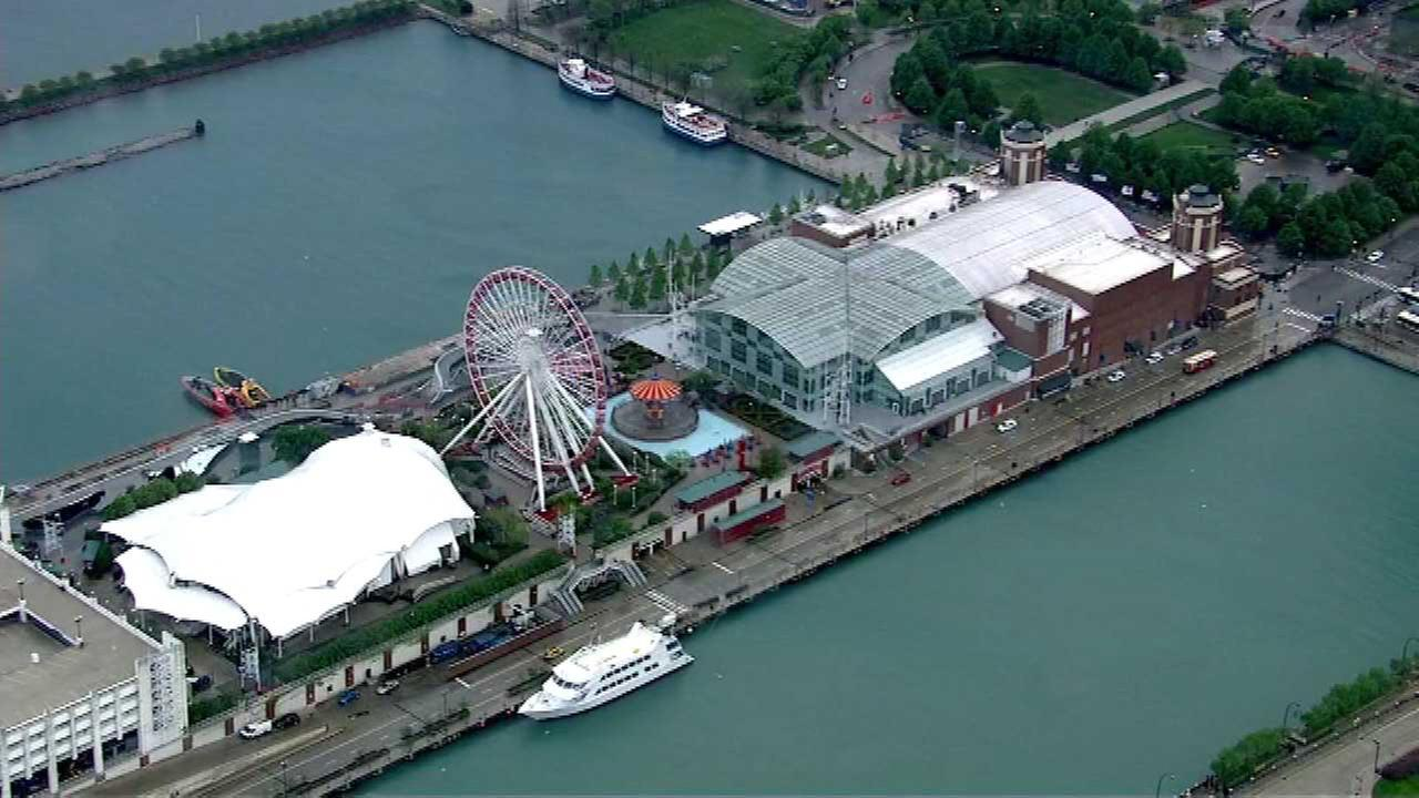Navy Pier to continue fireworks shows every Wednesday, Saturday until Labor Day