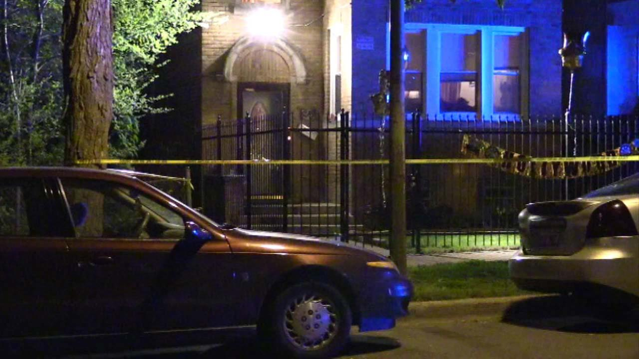 1 killed, 2 wounded in West Englewood shooting