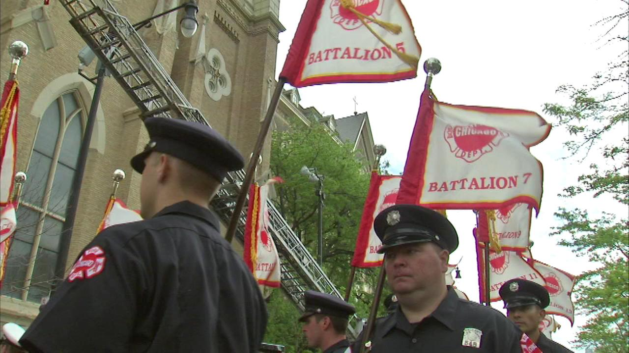 Chicago Fire Department honors fallen on Memorial Day