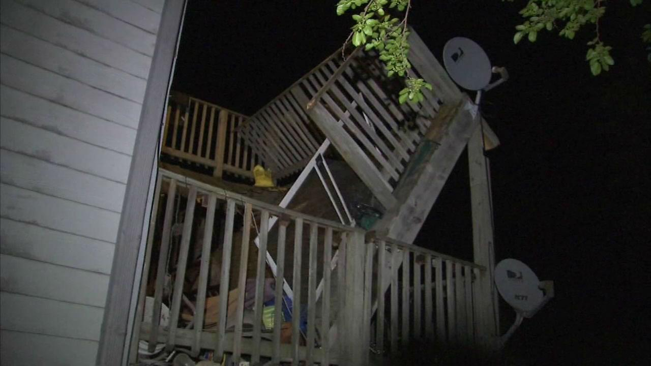 Porch collapse in Evanston leaves several injured