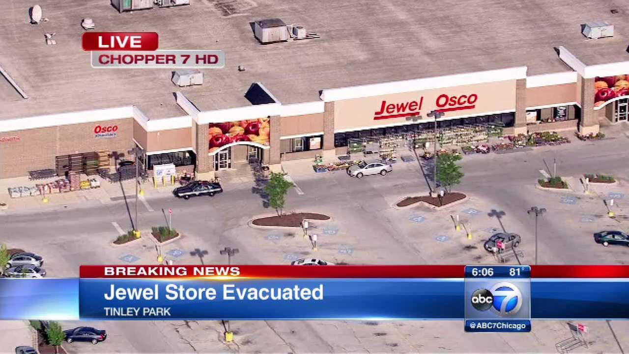 Tinley Park Jewel-Osco store evacuated after threat found in bathroom