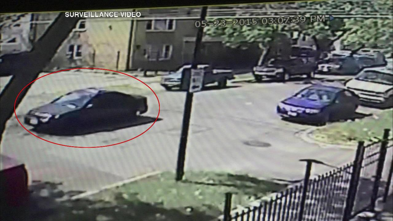 Police release images of car that struck, killed 5-year-old
