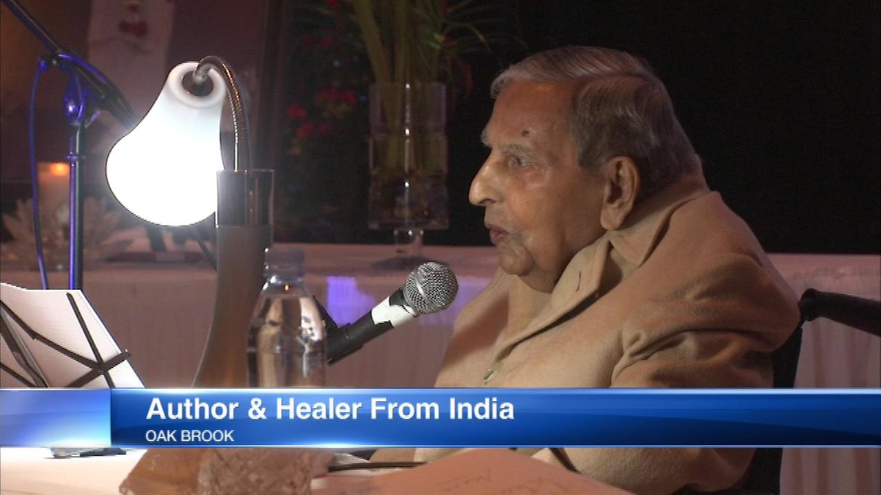 Hindu holy man, Dada J.P. Vaswani, 75, visited Oak Brook as part of his North American tour.