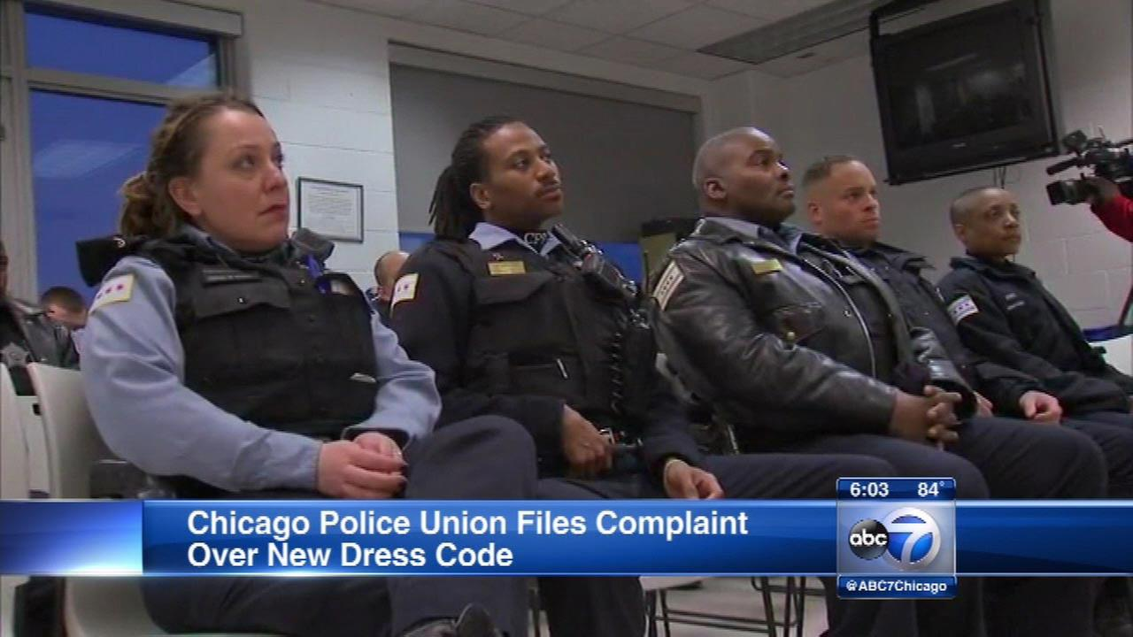Chicago Police Union files complaint over new uniform policy
