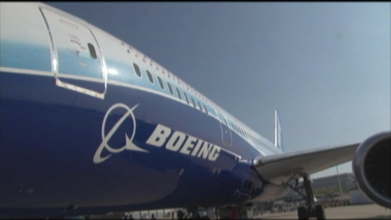 Boeing to shrink bathroom on planes to fit more seats