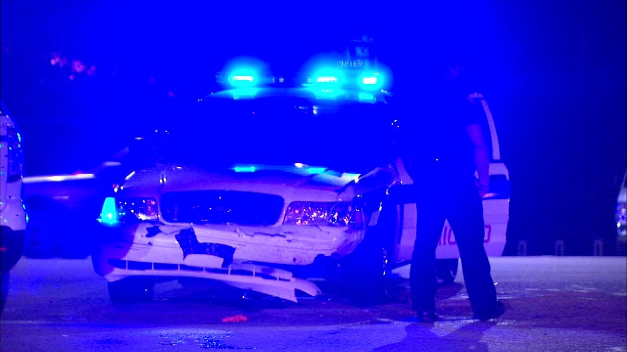 A Chicago police officer was hurt in a crash downtown Thursday night, which caused a traffic back-up on Lake Shore Drive near Monroe, officials said.