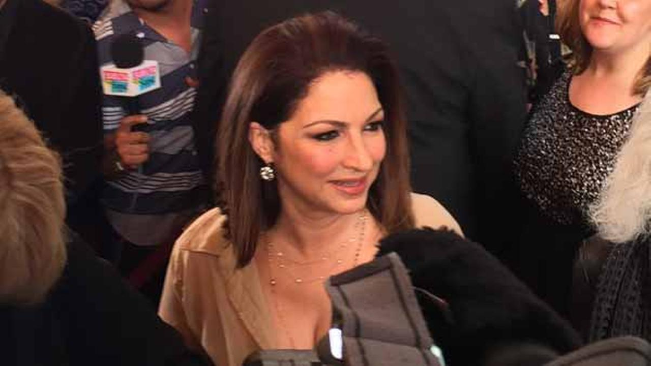 Gloria Estefan arrives at the Oriental Theater in Chicago for the premiere of On Your Feet on June 17, 2015.