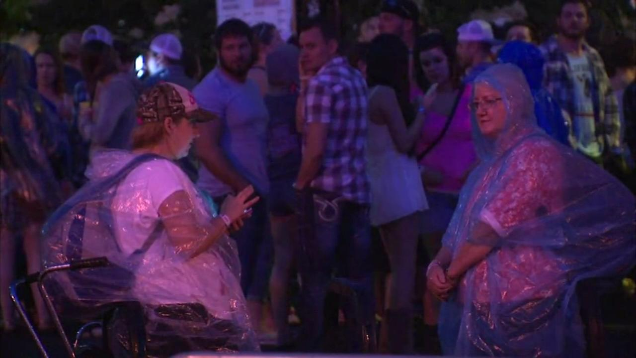 Strong storms packed with lightning rolled through Chicago Saturday night, forcing an evacuation of the Lake Shake Country Festival on Northerly Island.