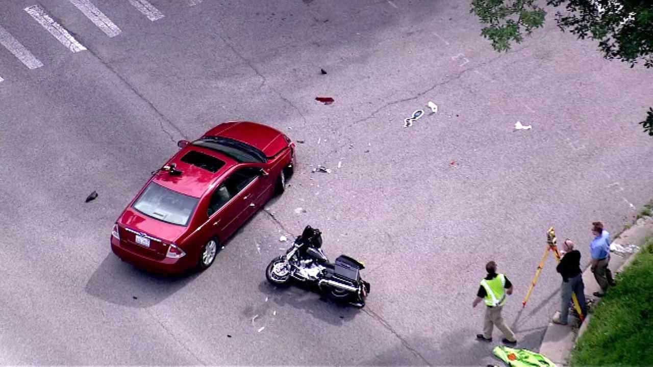 Crash closes southbound Route 59 in West Chicago