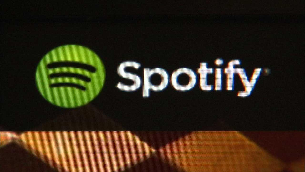 Spotify apologizes for new privacy policy involving Facebook data