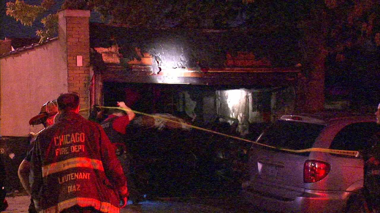 Body found in burning Northwest Side garage