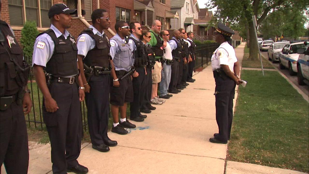 Chicago police officers push back against tattoo policy