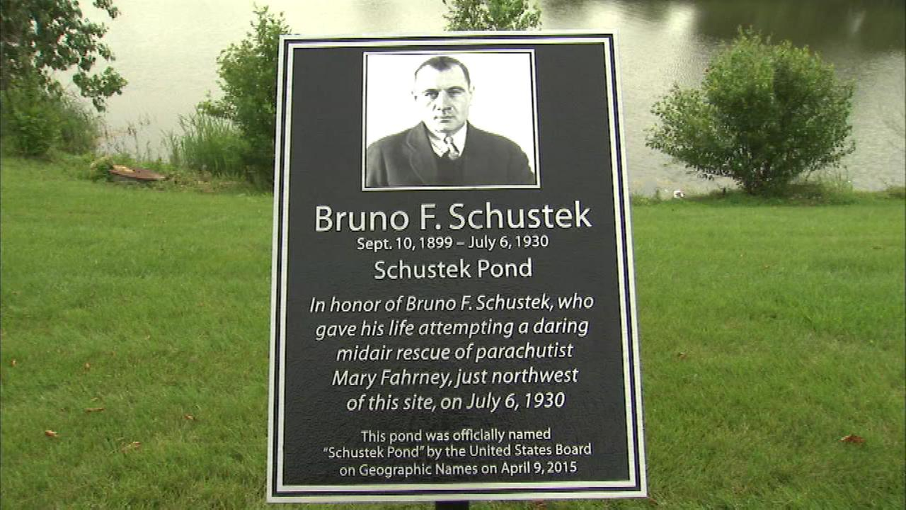Burr Ridge pond dedicated for WWI hero