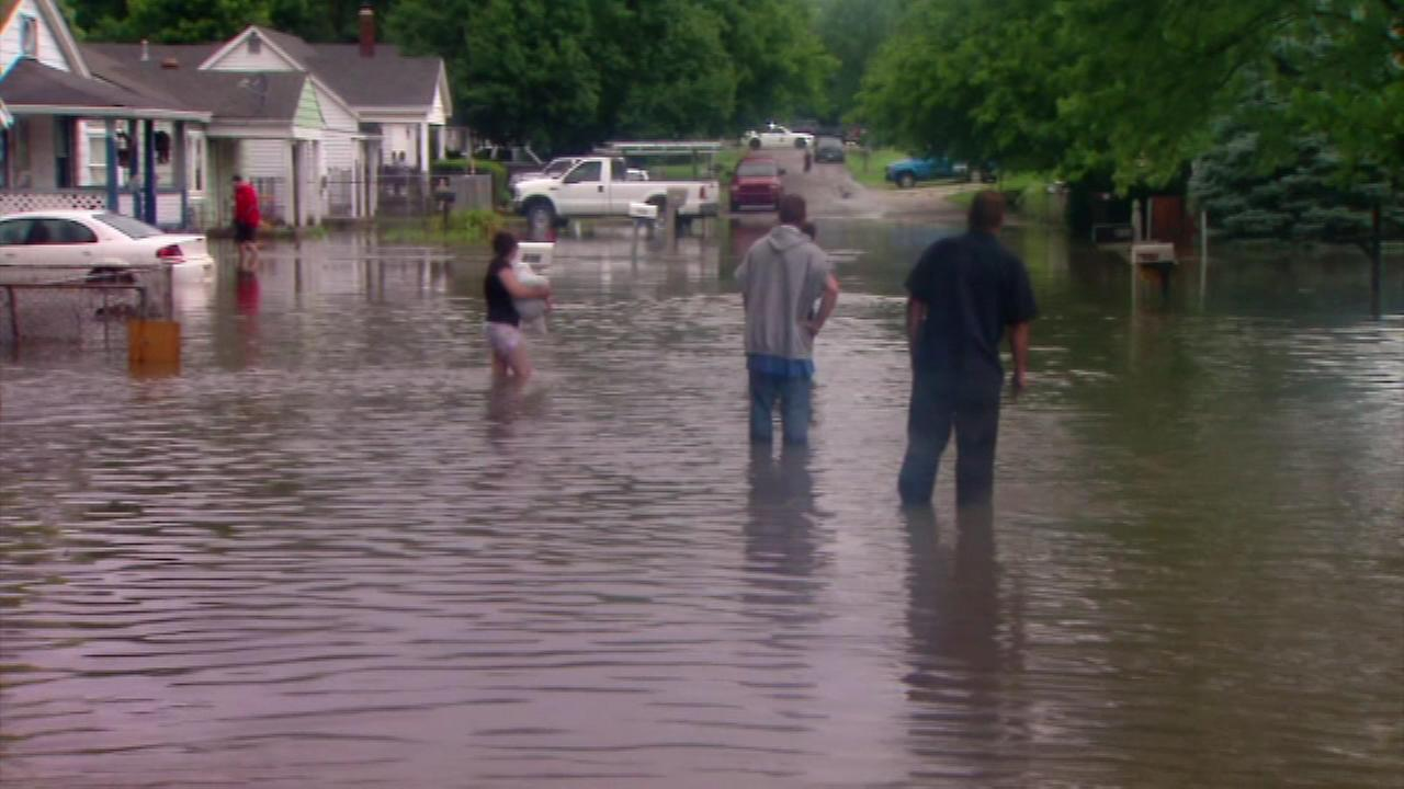 Flash flooding in Indianapolis leaves some temporarily homeless
