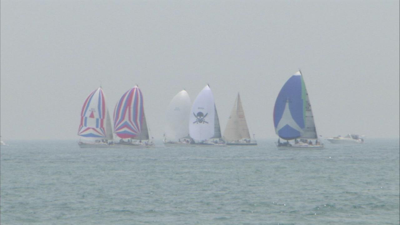 Hundreds of boats set sail from Chicago for Race to Mackinac