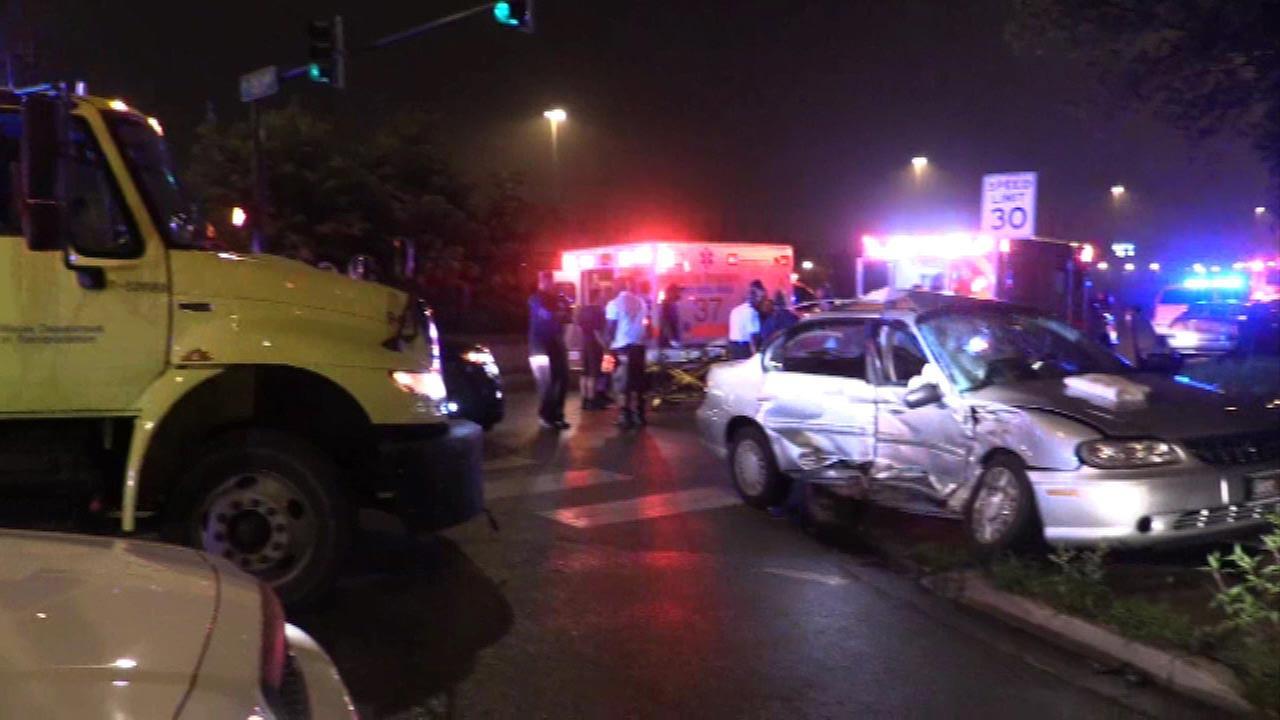 5 injured in crash involving IDOT truck