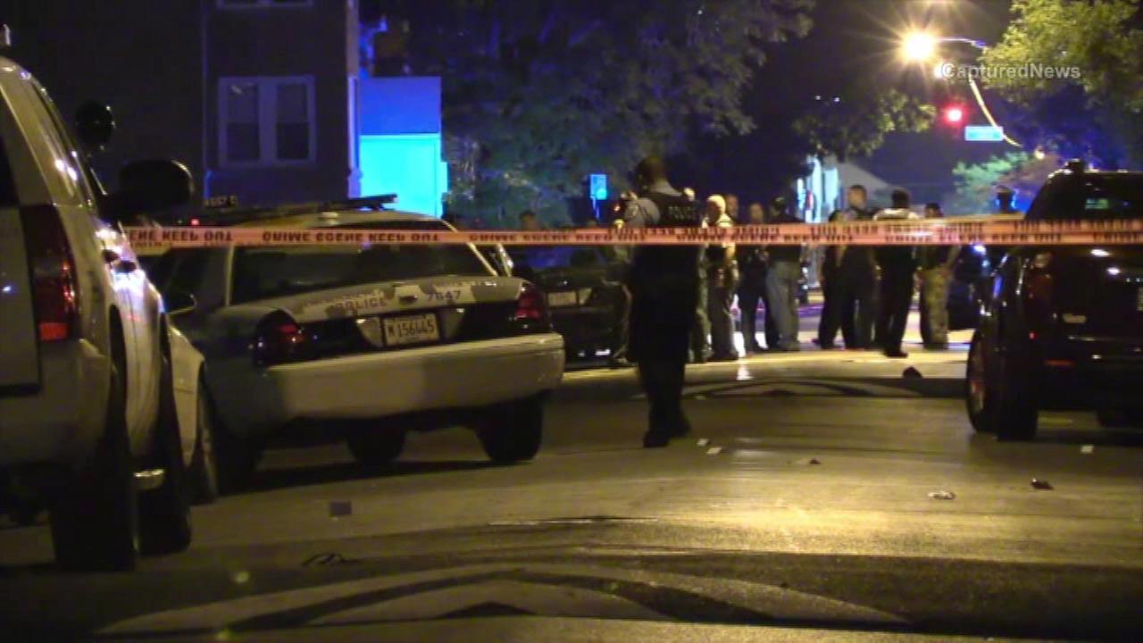 1 killed, teen injured in West Side shooting