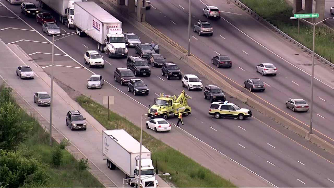 Outbound I-290 re-opens near Bellwood after shots fired from vehicle