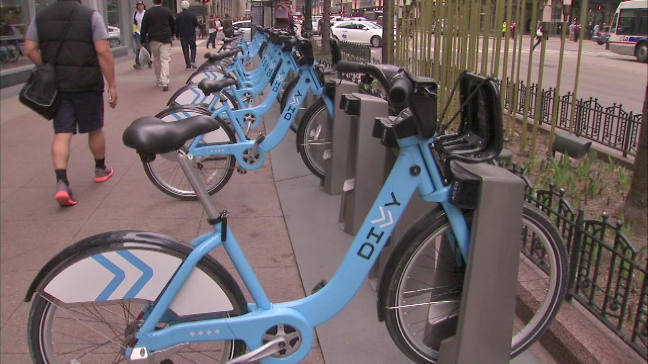 More than 2M people rode Divvy bikes this summer