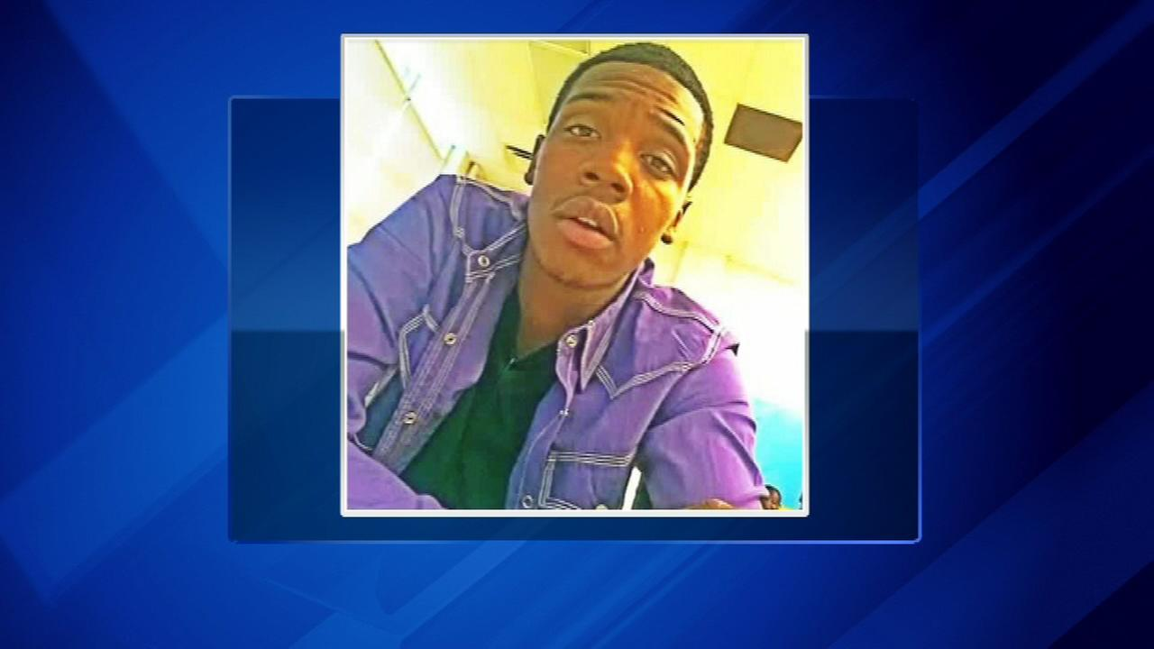 An 18-year-old man was shot and killed on the South Side Sunday morning.