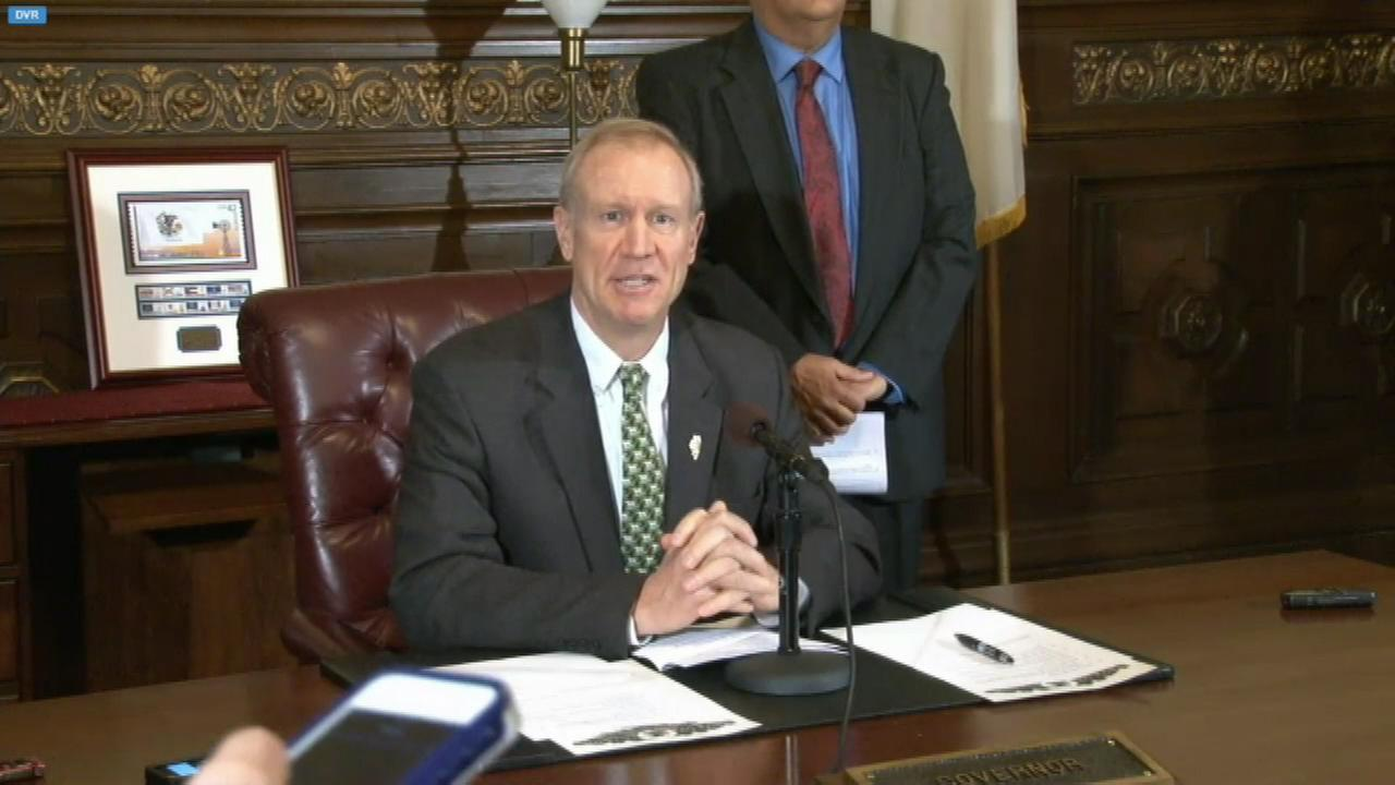 Gov. Bruce Rauners administration is trying to determine if some retired state workers are willing to come back on short-term contracts in case of a workers strike.