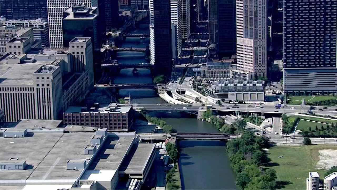 Chicago River south branch bridge lifts to begin Wednesday night
