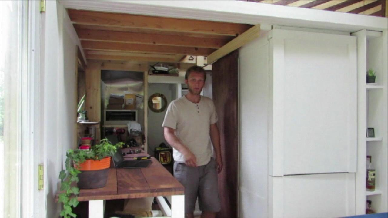 College student brings tiny house with him to school