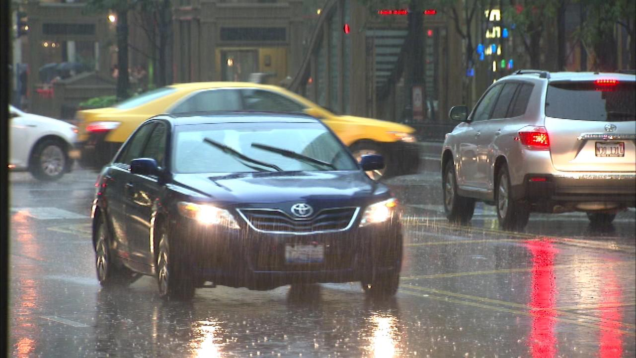 Chicago weather: Heavy rains move across Chicago area