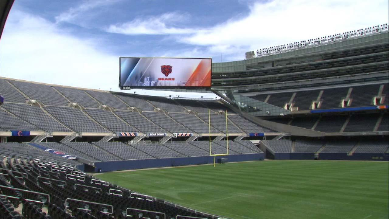 Soldier Field starts Bears season with new video boards, food options