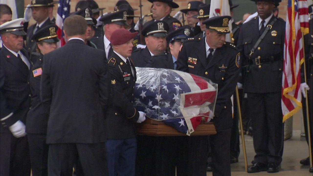 Two days after serving as a pallbearer at his fathers funeral, a son of Lt. Joe Gliniewiczs spoke about his familys loss.