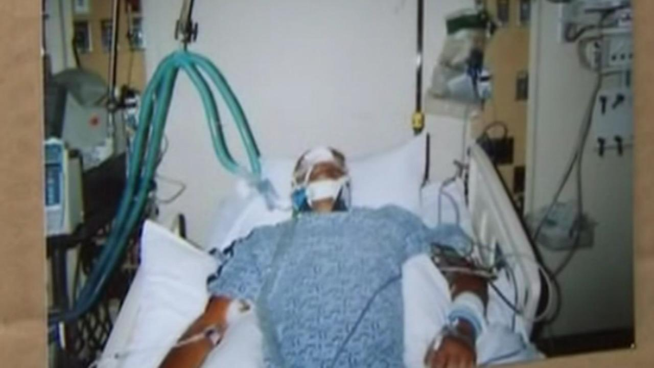 Man allegedly beaten by North Chicago cops in 2009 dies