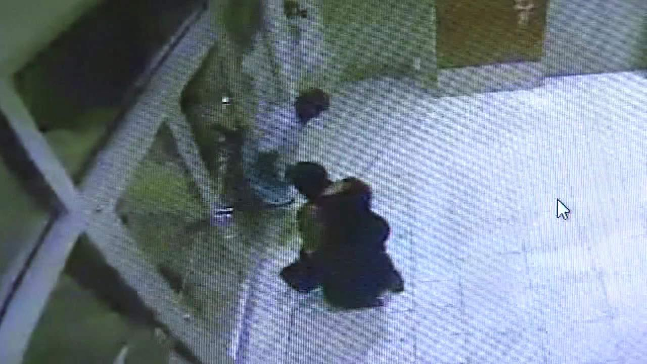 Attempted $86K diamond robbery foiled by faulty elevator