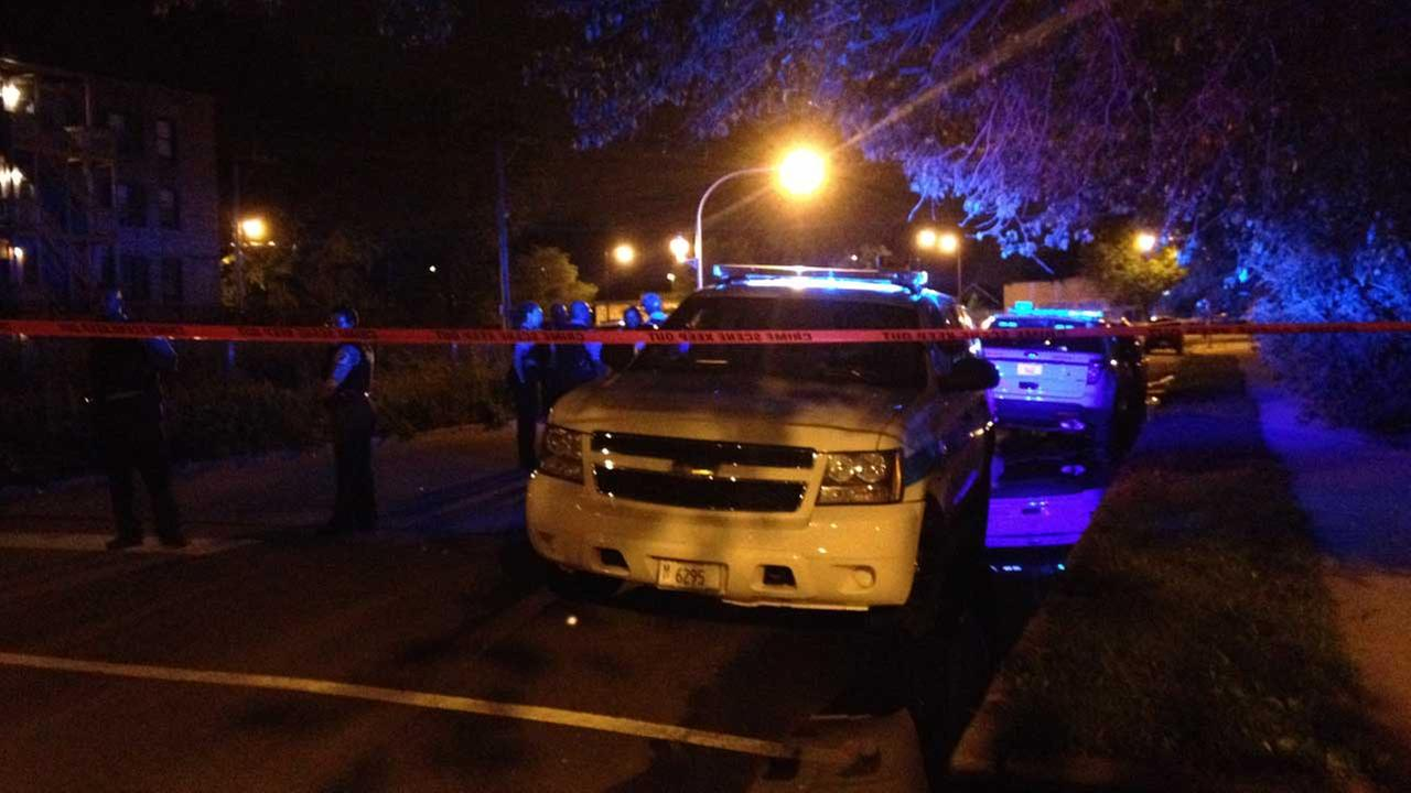 1 dead, 1 critically injured in Washington Park shooting
