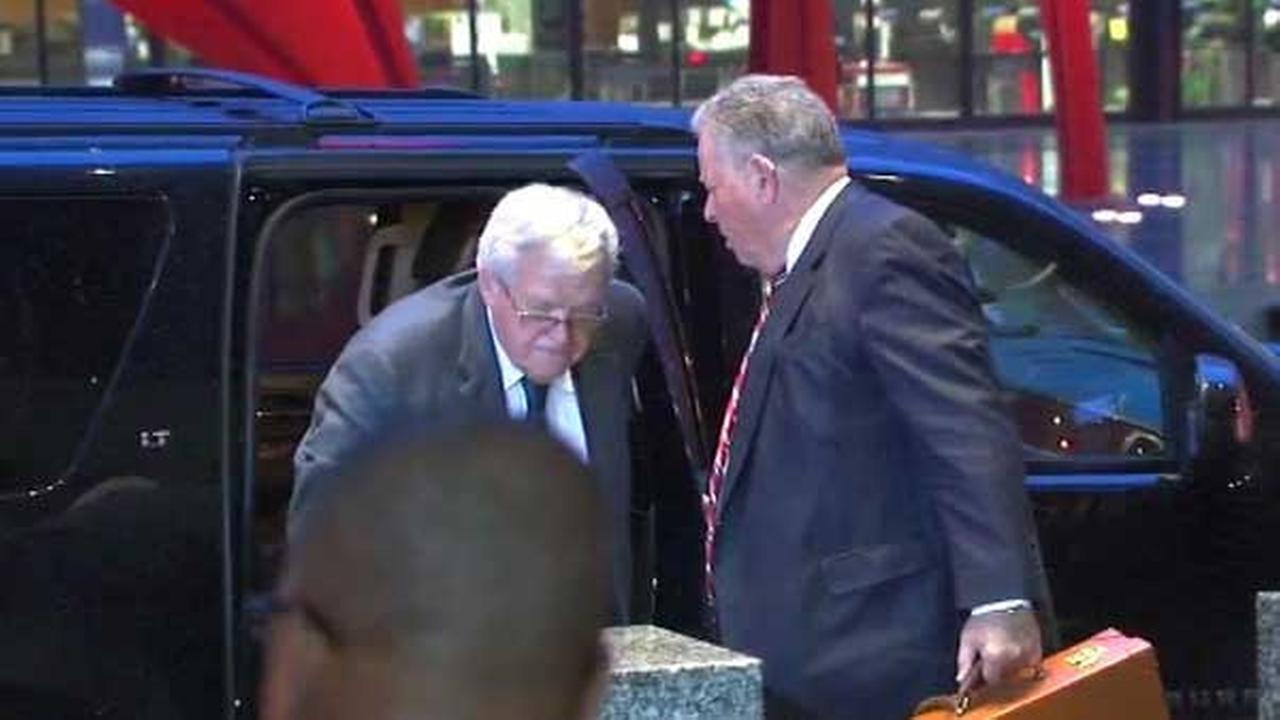 Former House Speaker Dennis Hastert arrives at the Dirksen Federal Building.