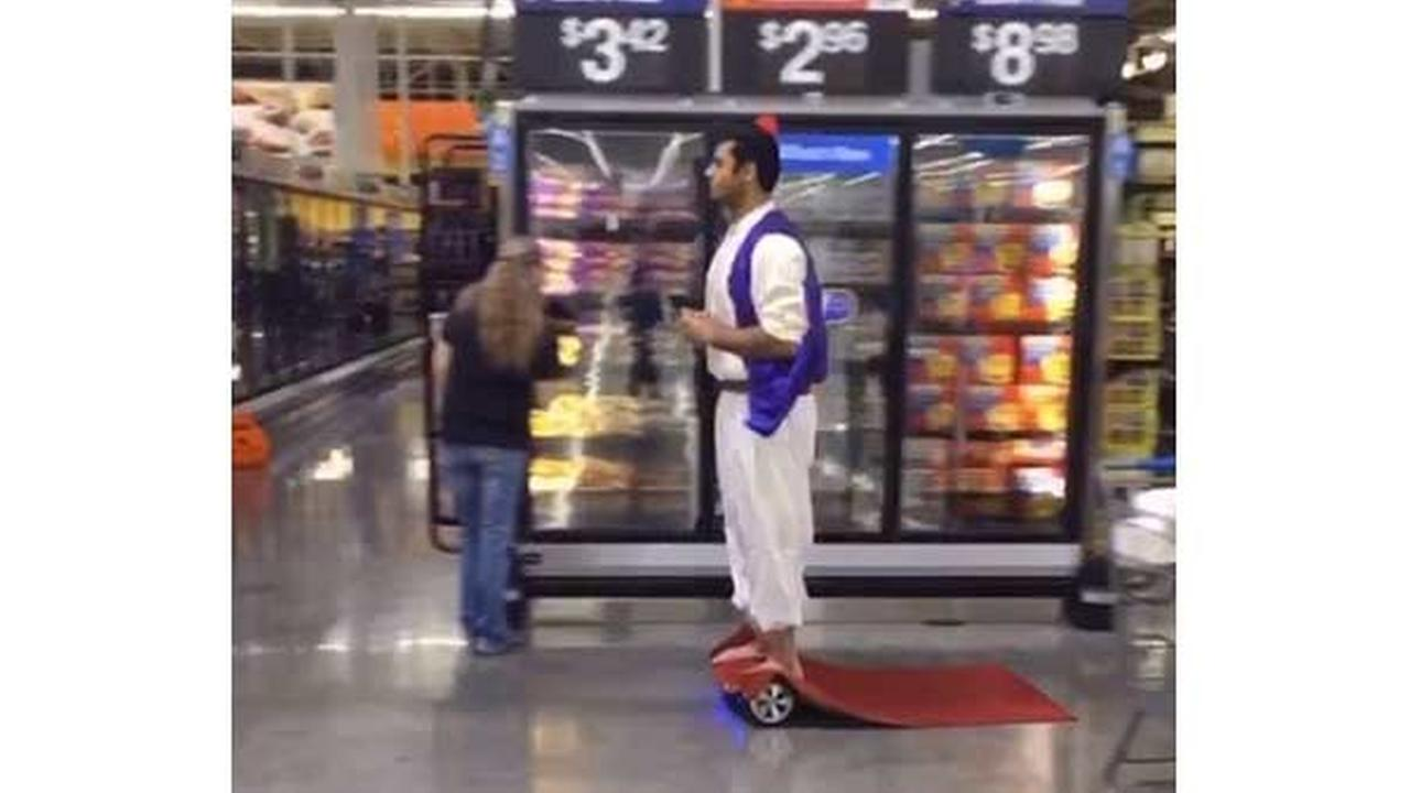 Hoverboard Aladdin from Chicago goes viral