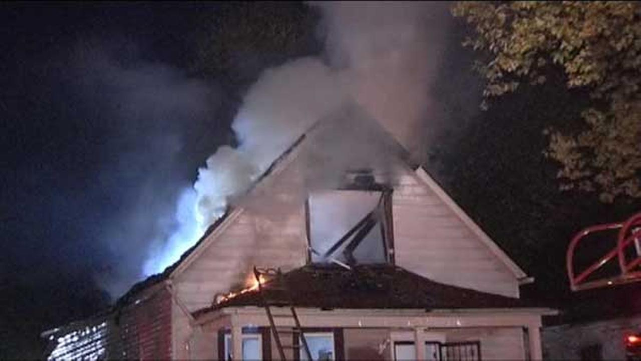 A firefighter was injured trying to put out a house fire on Chicagos Far South Side.