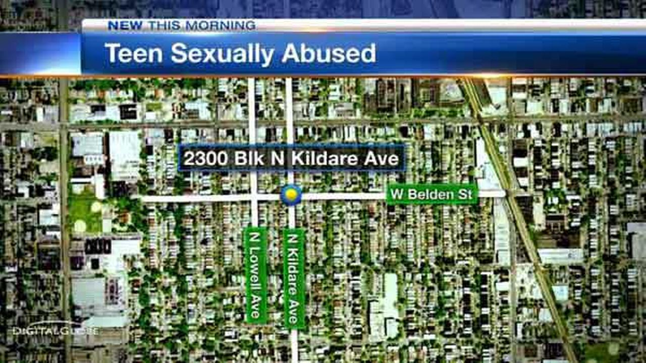 Police are looking for a man who they said tried to fondle a 17-year-old girl on Chicagos Northwest Side.