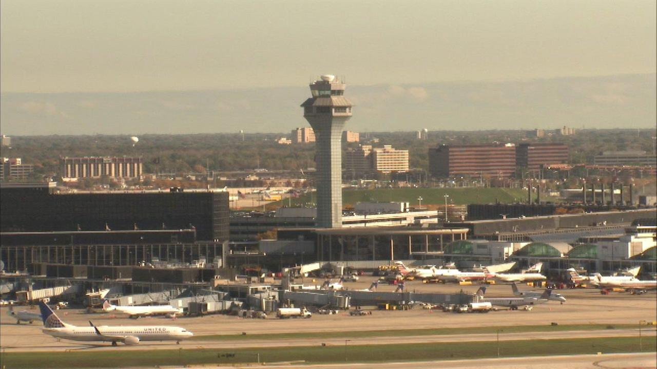 Chicago among cities with air traffic controller shortage