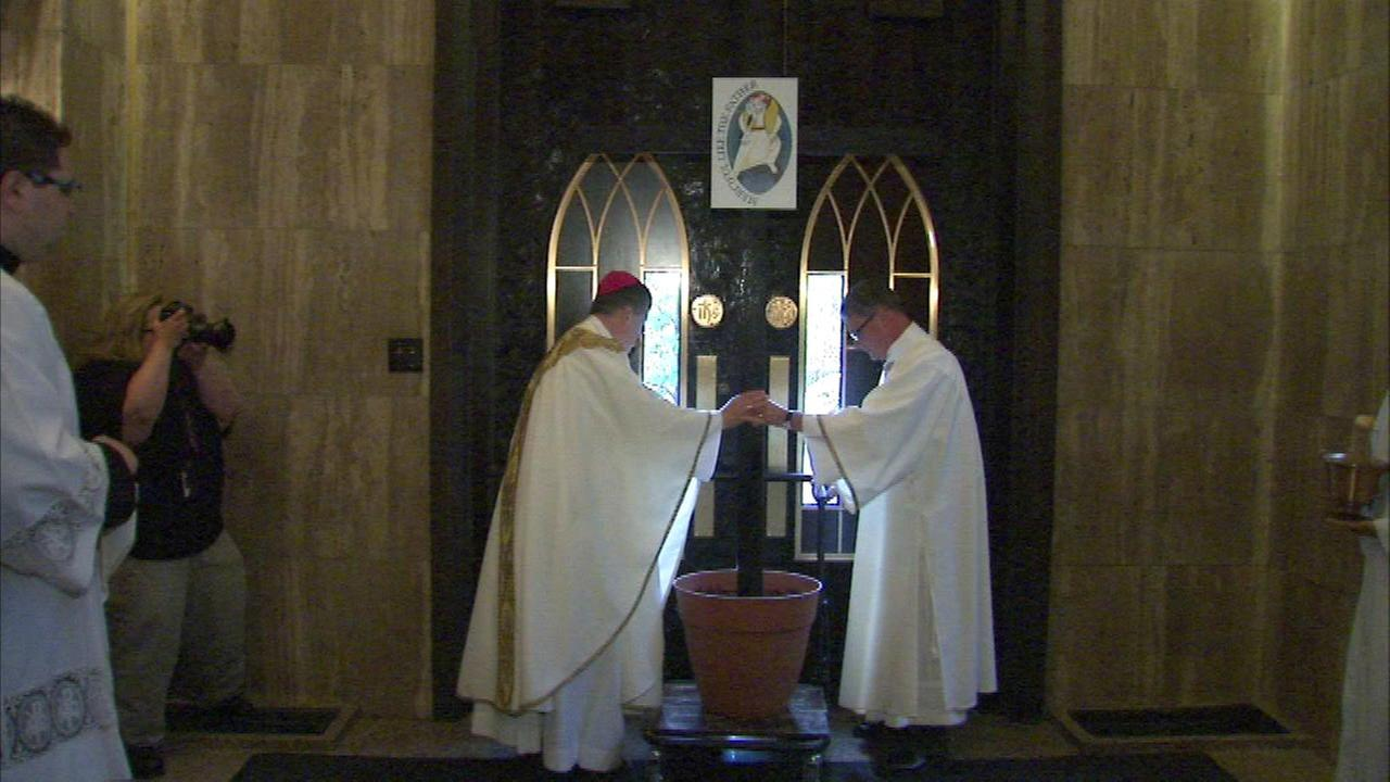 Holy Name Cathedral door to be re-opened for Holy Year of Mercy