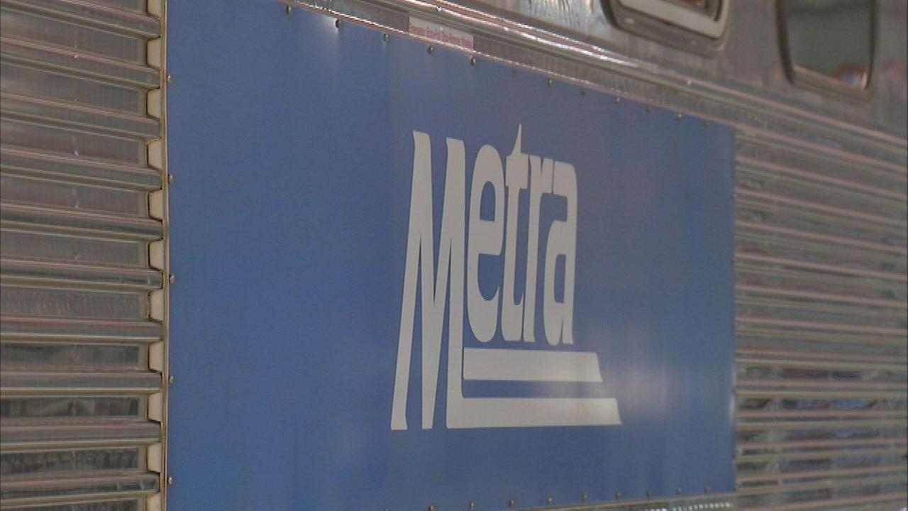 Metra UP-NW train strikes vehicle near Mount Prospect station