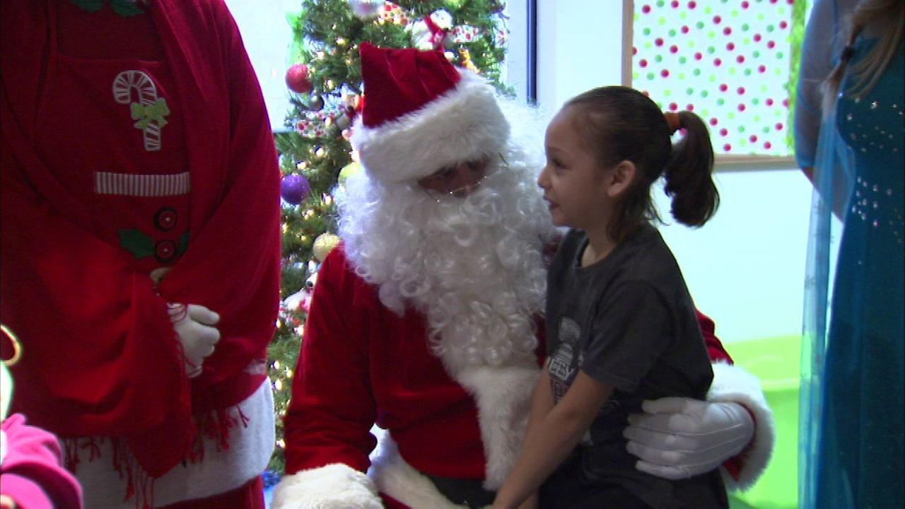 Children at Loyola Medical Center get Christmas surprise